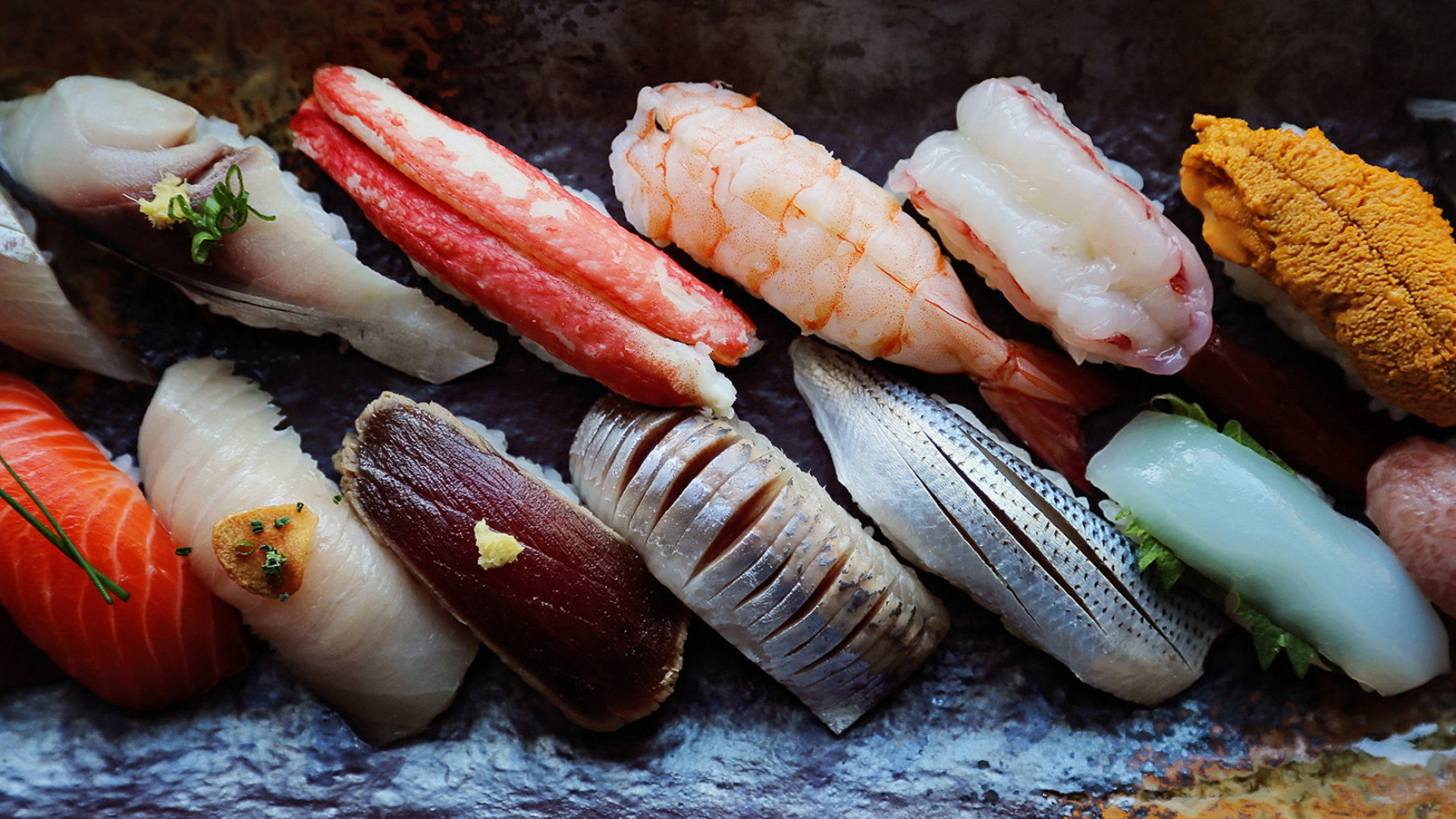 Manggha Jasieński's fulfilled dream. Want to know what the difference between sushi and sashimi is – best to pay a visit to the EDO SUSHI BAR.